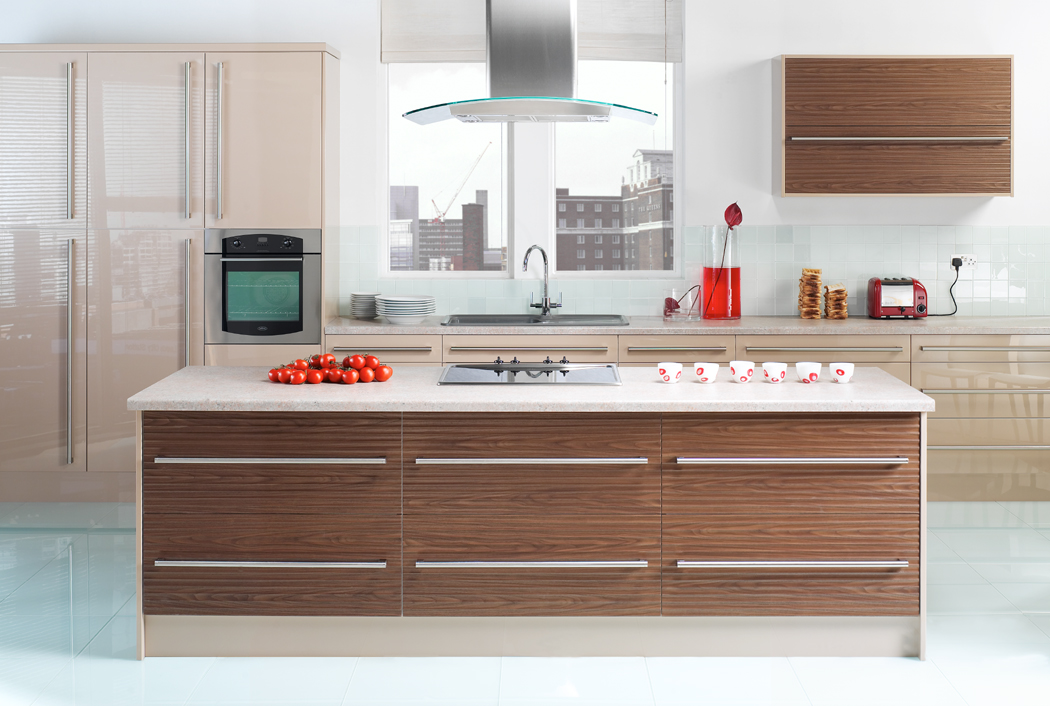 Devon Kitchens Kitchenworld Exeter Gloss Coffee And Walnut Kitchen