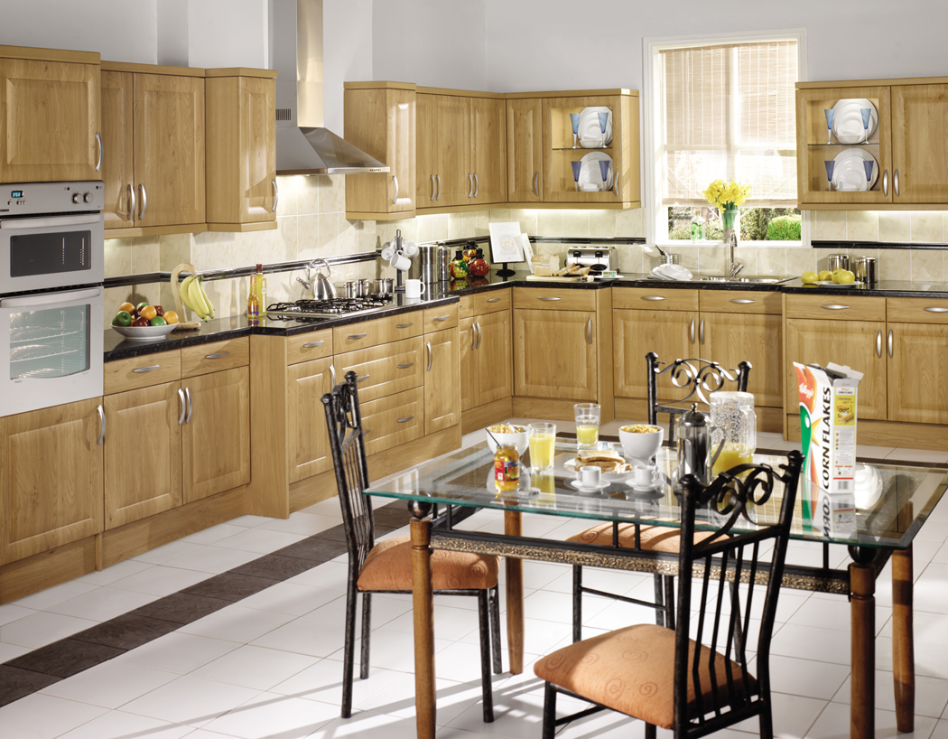 Devon Kitchens Kitchenworld Exeter Harvard Winchester Oak Kitchen