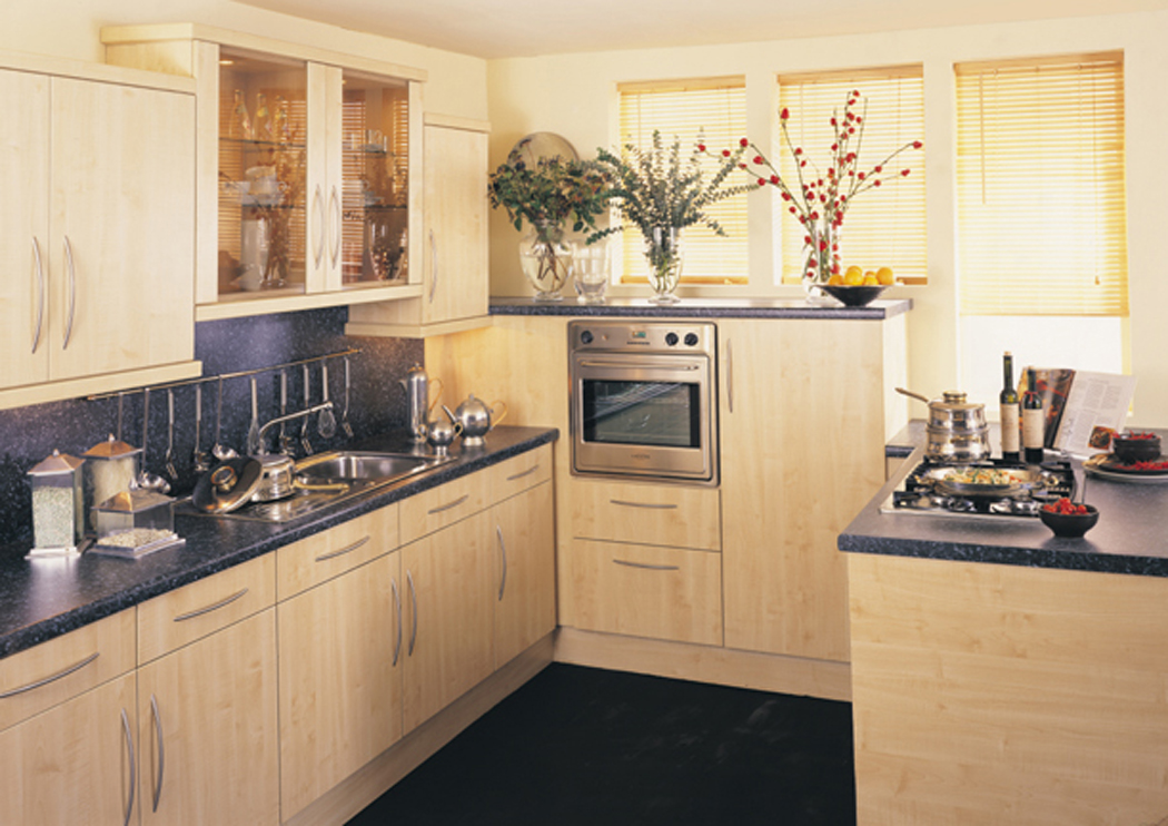 Devon Kitchens Kitchenworld Exeter Tempo Maple Kitchen