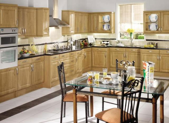 Devon kitchens kitchenworld exeter harvard winchester for Kitchen design exeter