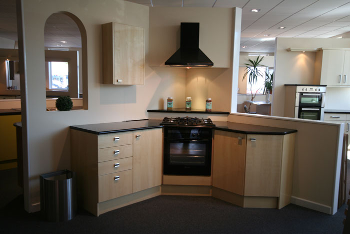 Kitchen designer devon for Kitchen design exeter